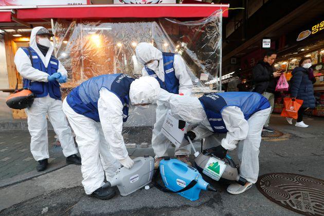 ΠΟΥ: Ίσως ο ιός μεταδόθηκε μέσω κατεψυγμένων τροφίμων