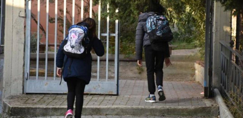 Εξαδάκτυλος: Αν υπάρξει ραγδαία αύξηση κρουσμάτων ίσως να κλείσουν τα σχολεία