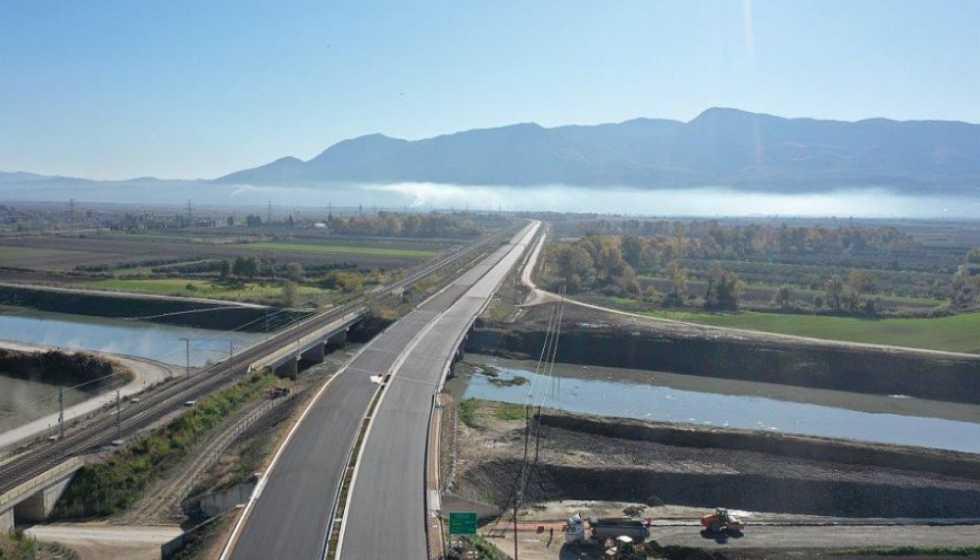 Αντιπλημμυρικά και έργα οδικής ασφάλειας 5,2 εκατ. ευρώ από την Περιφέρεια Θεσσαλίας