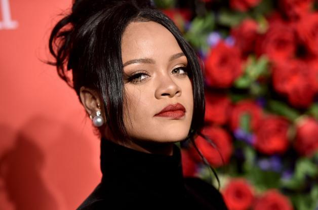 Rihanna: Προκάλεσε αντιδράσεις στην Ινδία με μια φωτογραφία
