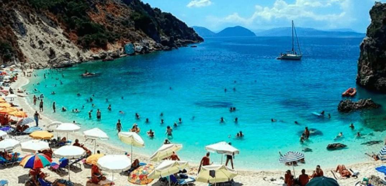Απογοητευτικά τα ευρήματα του ΣΕΤΕ για τις... διακοπές των Ελλήνων
