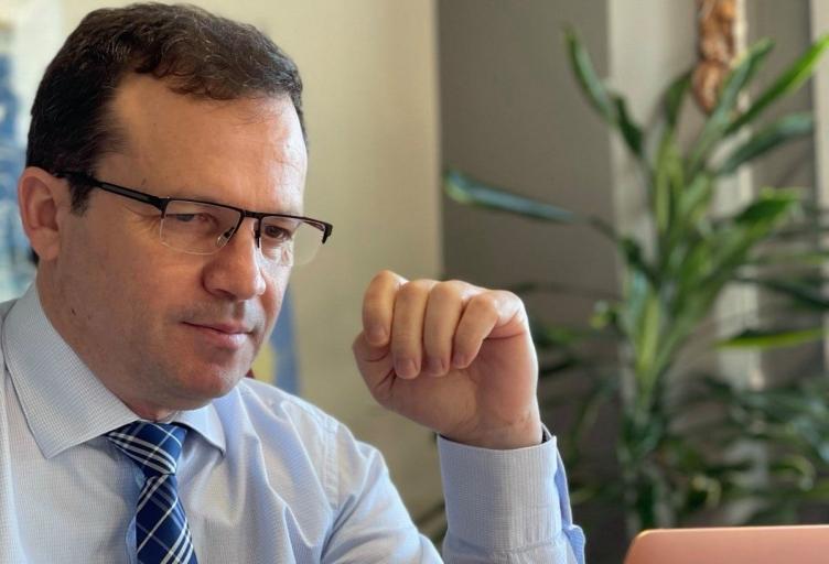 Σε Τηλεδιάσκεψη με τον Υπουργό Οικονομικών ο Θανάσης Λιούτας