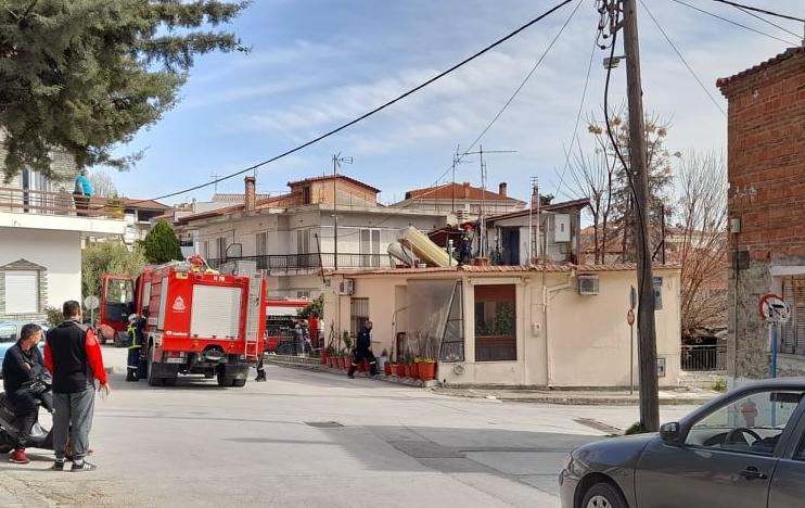 Επέμβαση της Πυροσβεστικής Καλαμπάκας σε οικία στην Καλαμπάκα