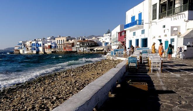 Πρώτη η Ελλάδα στις προτιμήσεις των Ευρωπαίων για ταξίδι