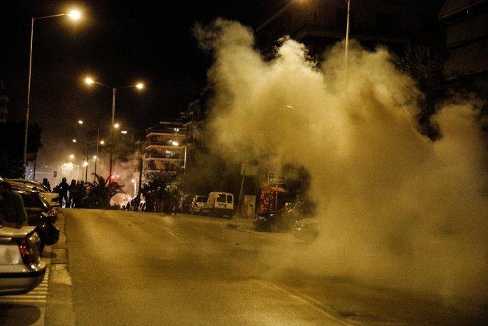 Νέα Σμύρνη: Επεισόδια και τραυματισμός αστυνομικού