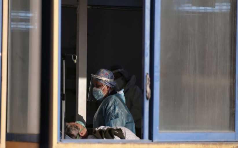 Κορονοϊός: 2.353 κρούσματα, 422 διασωληνωμένοι, 23 θάνατοι