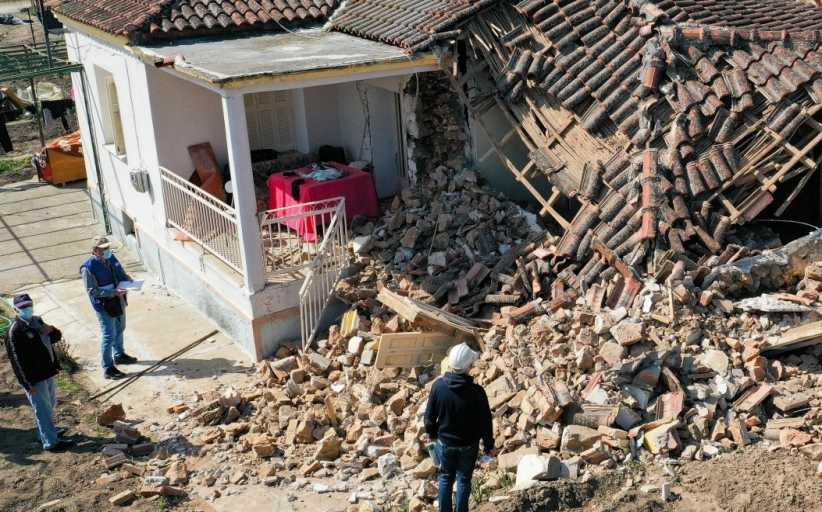 Πρωτοβάθμιος έλεγχος στις πληγείσες περιοχές από το σεισμό των 6 ρίχτερ στους Δήμους Ελασσόνας και στον Τυρνάβου