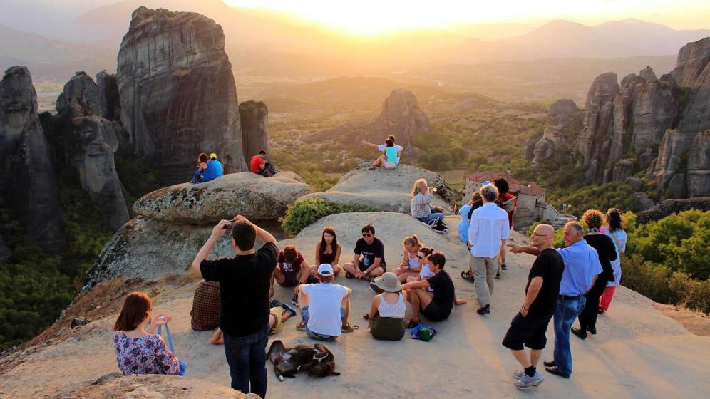 Μελέτη ΙΝΣΕΤΕ: Η φήμη και η επισκεψιμότητα της Ελλάδας – Οι προτιμήσεις των τουριστών