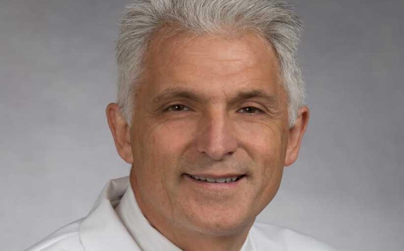 Καθηγητής Ιατρικής με καταγωγή από το Μέγαρο Γρεβενών, πολύ κοντά στην εύρεση φαρμάκου για τον κορωνοϊό
