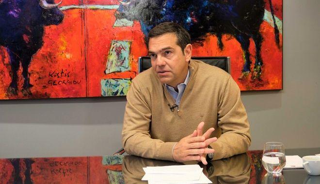 Τσίπρας για μέτρα: Κυβέρνηση - θέατρο του παραλόγου