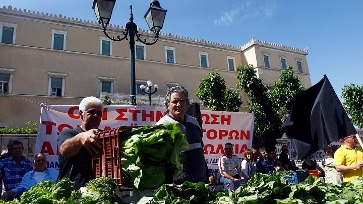ΣΥΡΙΖΑ-ΠΡΟΟΔΕΥΤΙΚΗ ΣΥΜΜΑΧΙΑ ΤΡΙΚΑΛΩΝ:  Η Κυβέρνηση διώχνει τους παραγωγούς από τις λαϊκές αγορές