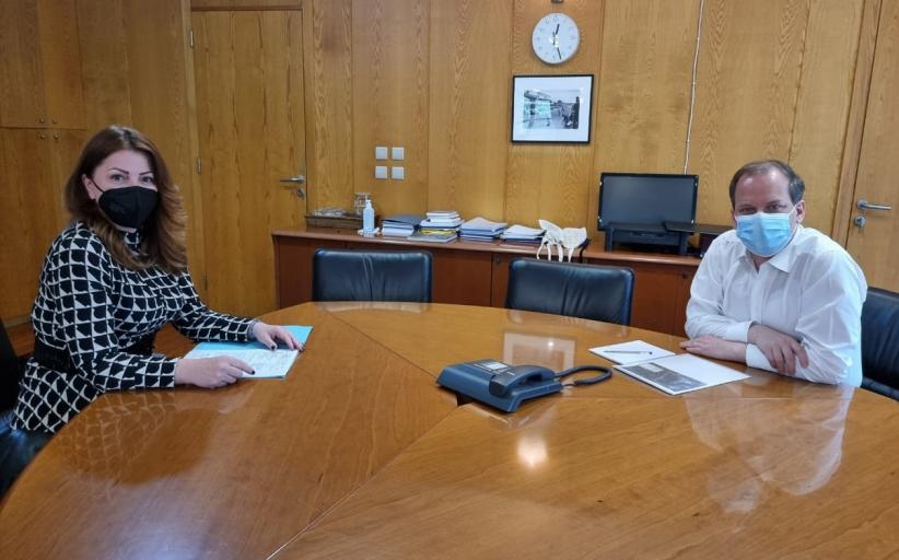 Εποικοδομητική η συνάντηση εργασίας της Κατερίνας Παπακώστα – Παλιούρα με τον Υπουργό Υποδομών και Μεταφορών κ. Καραμανλή