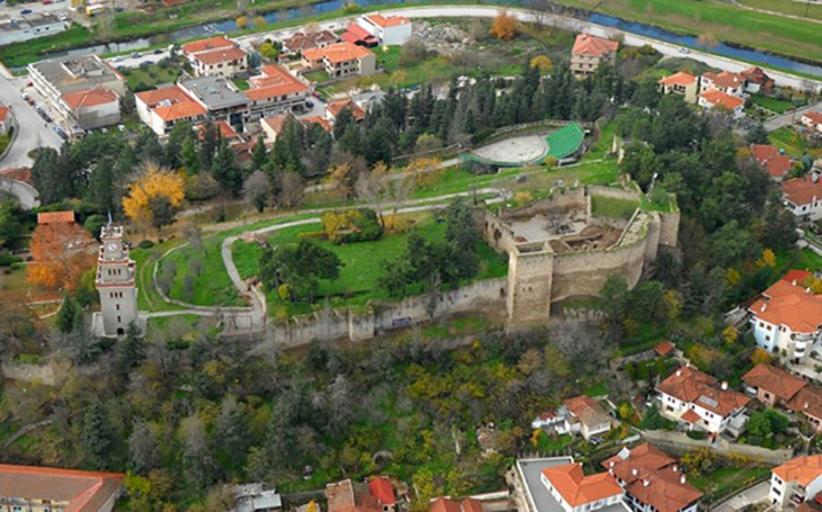 Την αρχαία Τρίκκη και το Βυζαντινό Καστρο στα Τρίκαλα αναδεικνύει η Περιφέρεια Θεσσαλίας