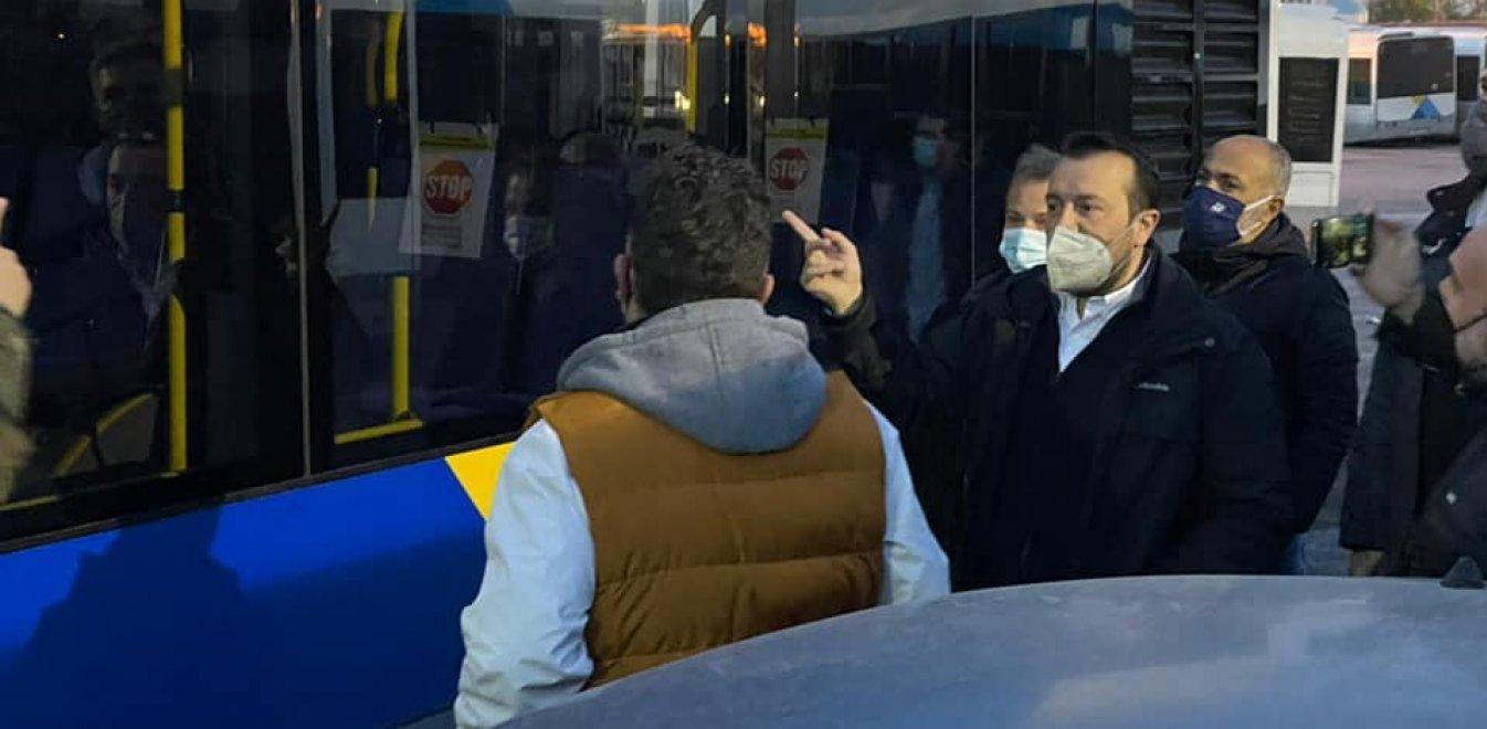 ΣΥΡΙΖΑ: Χαλασμένα τα μισά λεωφορεία...