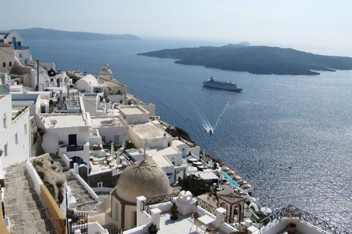 Το άνοιγμα του ελληνικού τουρισμού στα διεθνή ΜΜΕ