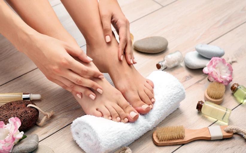 Πώς να προετοιμάσετε σωστά τα πόδια σας