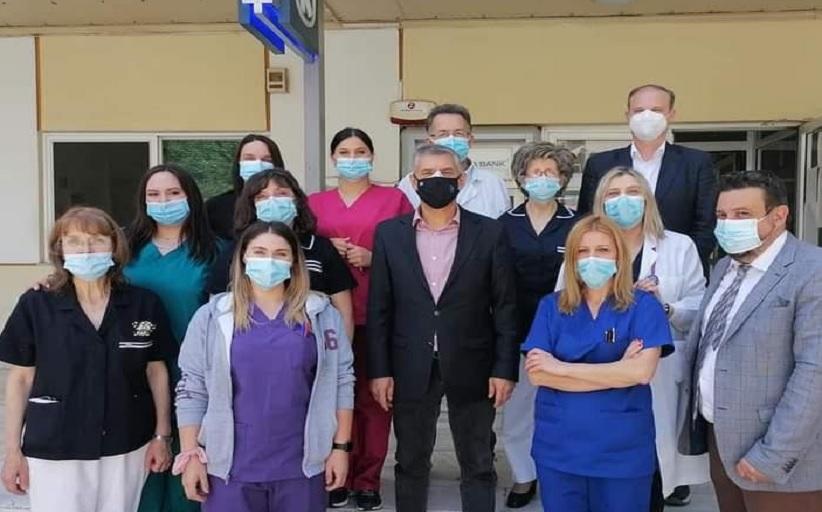 Παγκόσμια Ημέρα Νοσηλευτή:  Ο Περιφερειάρχης Θεσσαλίας Κώστας Αγοραστός κοντά  στους εργαζόμενους του ΓΝΛ και του Εμβολιαστικού Κέντρου