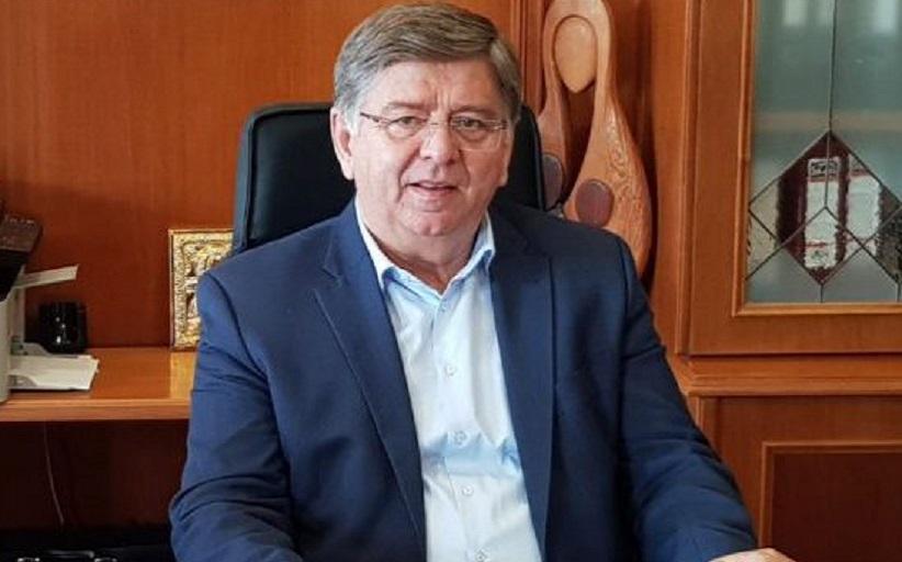 Ο Χρήστος Μιχαλάκης αποχαιρετά τον Χρήστο Σινάνη