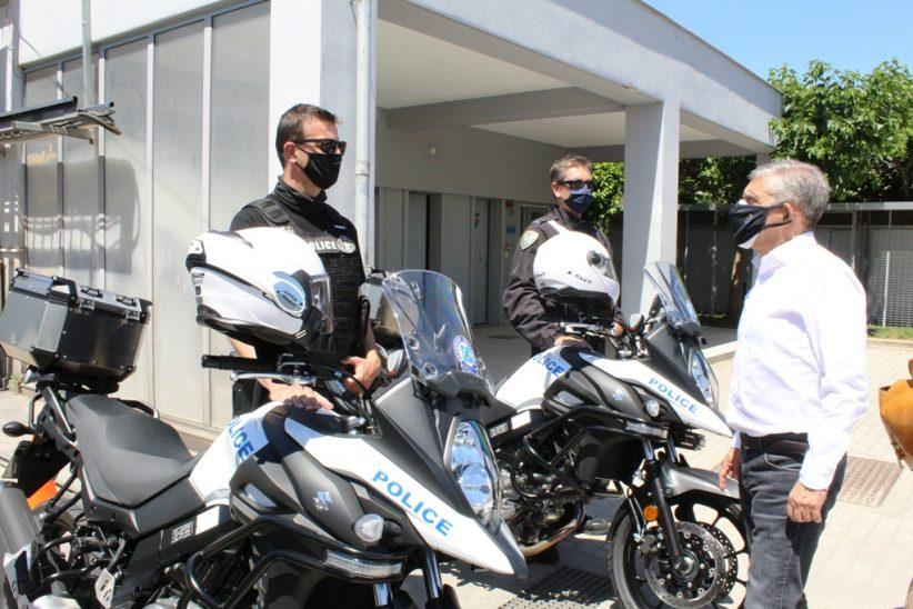 Παραδόθηκαν 16 νέες μοτοσυκλέτες