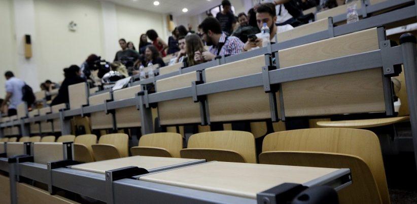 Κεραμέως για Πανεπιστήμια: Υποχρεωτικός εμβολιασμός φοιτητών - καθηγητών μέχρι Οκτώβριο