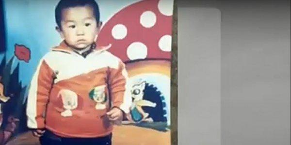Κίνα: Συγκινεί η ιστορία ενός πατέρα που βρήκε τον γιο του μετά από 24 χρόνια