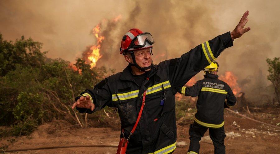 Σπίρτζης: Απειλούν με ΕΔΕ, πυροσβέστες που πάλεψαν στη Β. Εύβοια