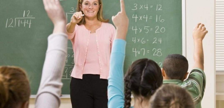 Δεν θα επιτραπεί η είσοδος στα σχολεία σε όσους δεν τηρήσουν τα μέτρα