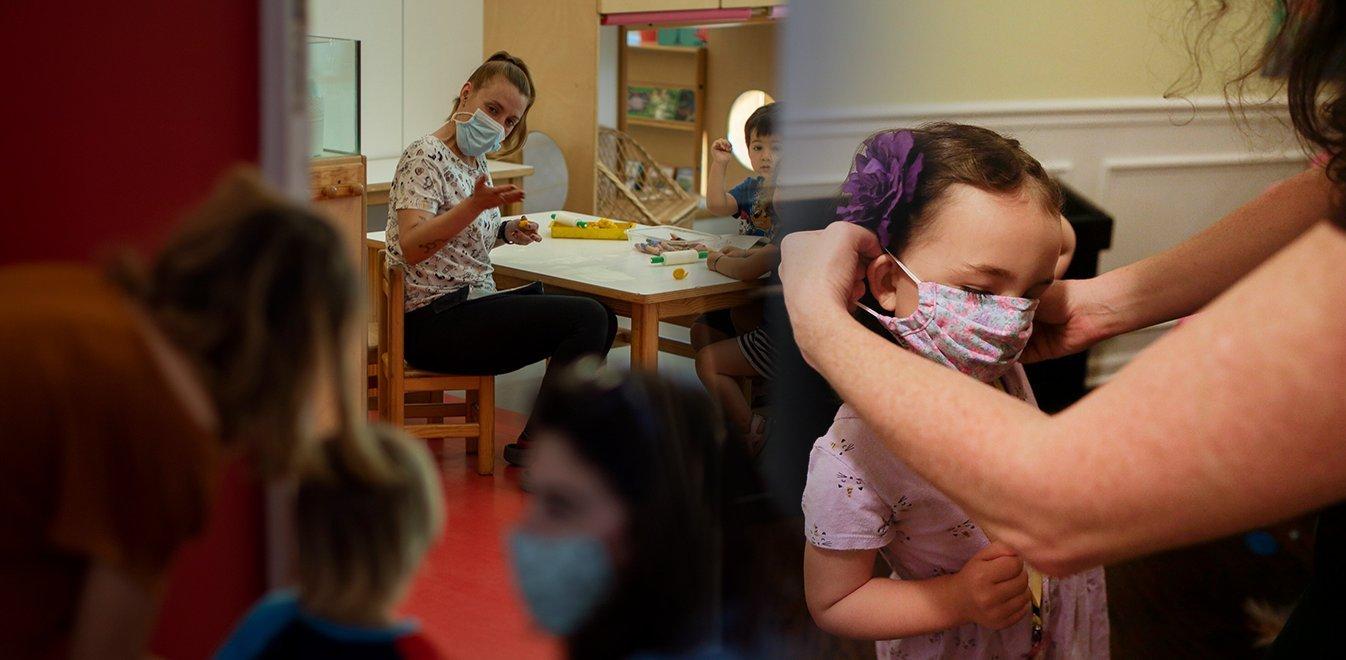 Σε άδεια άνευ αποδοχών ανεμβολίαστοι σε παιδικούς σταθμούς
