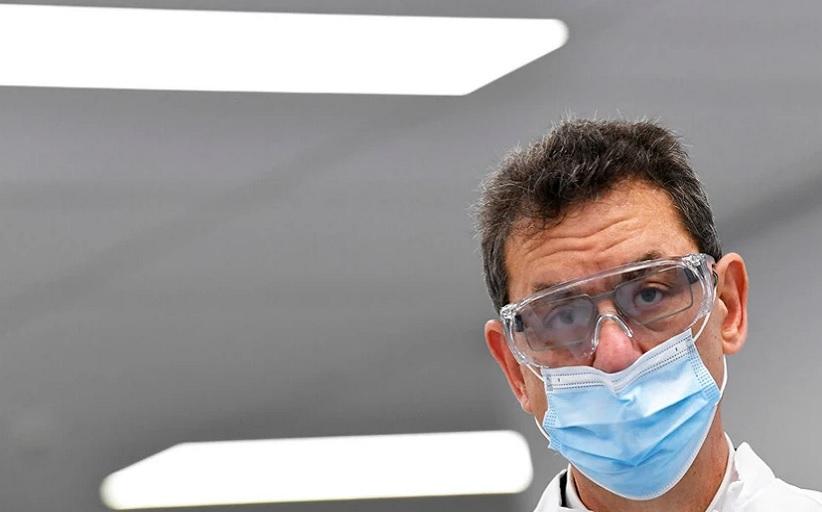 Άλμπερτ Μπουρλά: Ξεκίνησε η φάση 2 των δοκιμών για το φάρμακο της Pfizer κατά του κορονοϊού