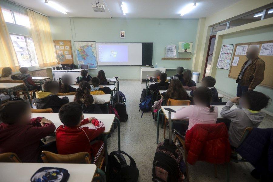 Το άνοιγμα των σχολείων φέρνει... συναγερμό και φόβο για «έκρηξη» κρουσμάτων στα παιδιά