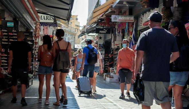 Κορονοϊός: 2322 κρούσματα σήμερα στην Ελλάδα - 42 νεκροί και 359 διασωληνωμένοι