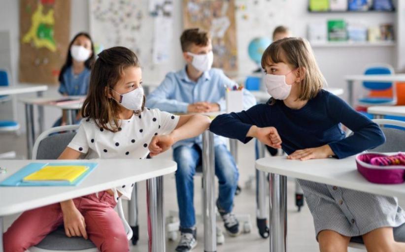 Κορωνοϊός: Ανησυχία για την αύξηση κρουσμάτων στα παιδιά – Χαμηλή η εμβολιαστική κάλυψη