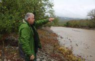 Ο Γιάννης Μπουτίνας  στα ποτάμια και στα ρέματα λόγω της κακοκαιρίας