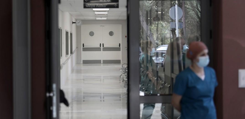 Κορονοϊός: 2.876 κρούσματα, 334 διασωληνωμένοι, 34 θάνατοι - 441 κρούσματα στη Θεσσαλονίκη